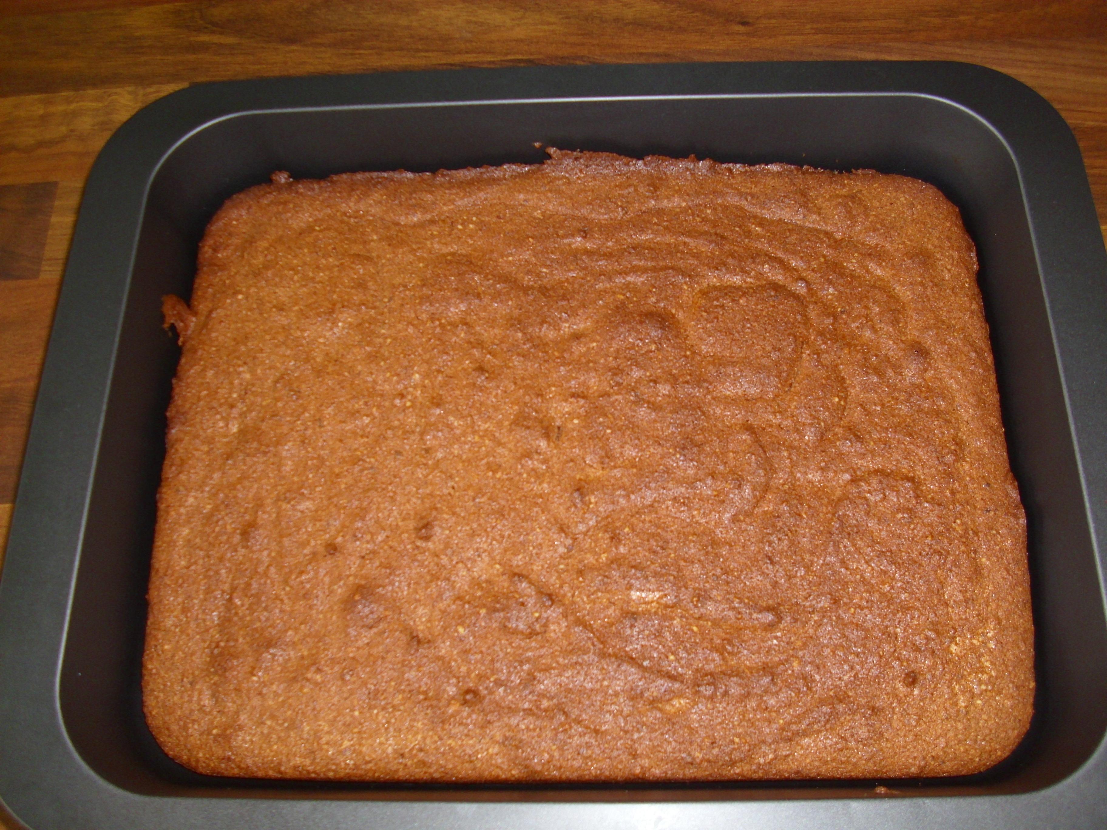 Der fertige Kuchen, frisch aus dem Ofen