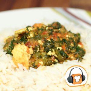 Palak Paneer-ein vegetarisches Gericht aus Indien mit selbstgemachtem Käse