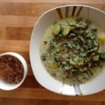 Hackfleisch-Kartoffelsuppe mit Spinat und Frischkäse
