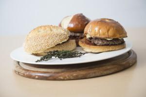 Trilogie für vier Fäuste - Hamburger als Vorspeise