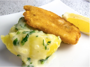 Hamburger Pannfisch mit Petersilienrahmkartoffeln